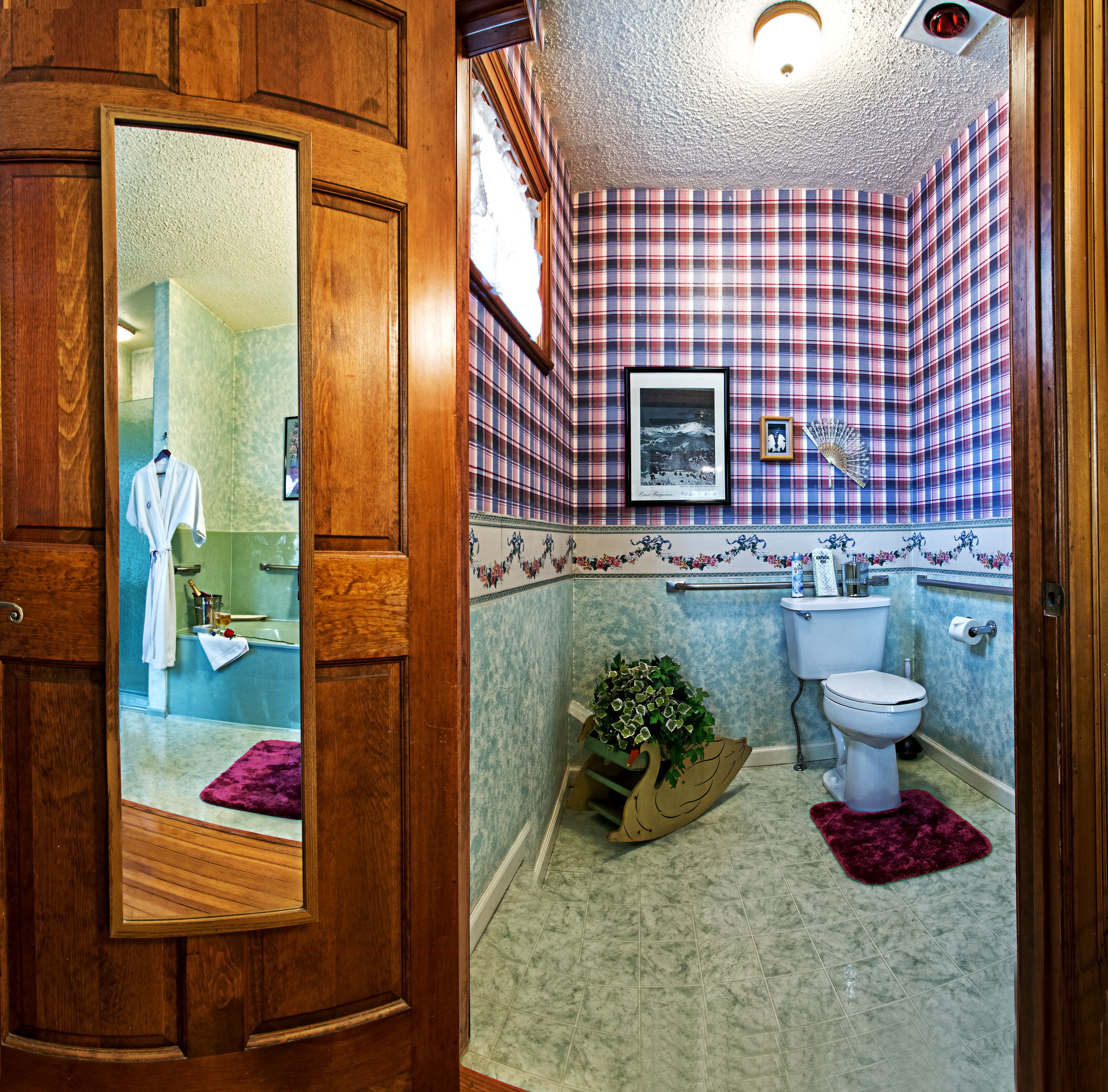 Picture of bathroom.