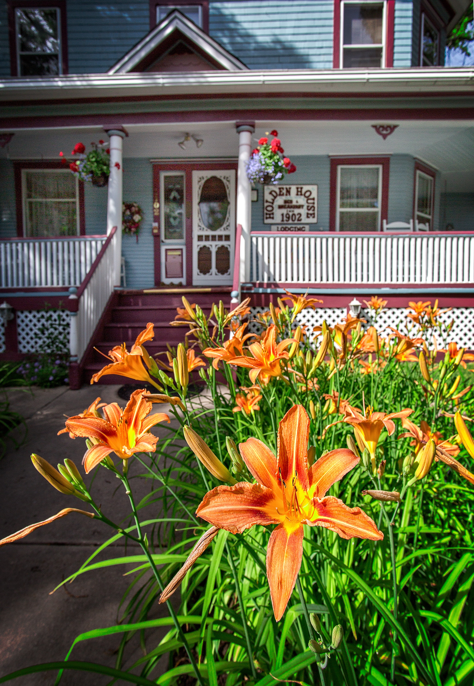 Holden House boasts a garden in full bloom during the summer!