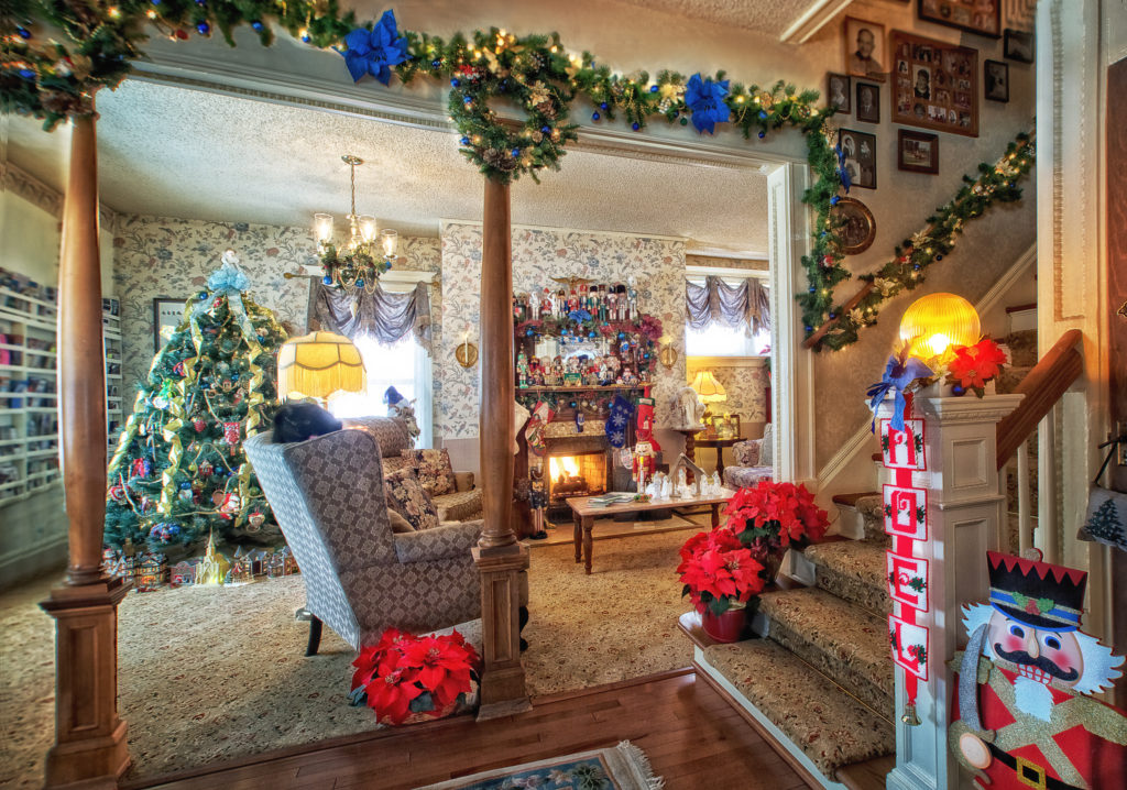 Holden House 1902 Bed & Breakfast Inn Christmas and Holiday